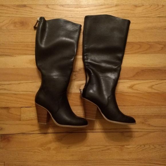 JustFab Shoes - Black heeled boots